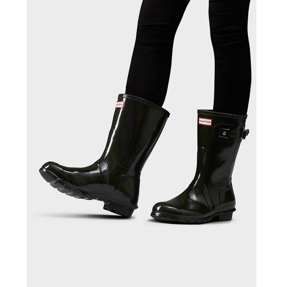 8664a2aa2a2f Hunter Boots Shoes - NWOT Hunter Original Short Gloss Rain Boots Black